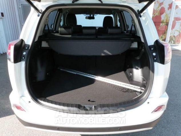 Toyota RAV4 143 D-4D Lounge 2WD  Occasion - 4