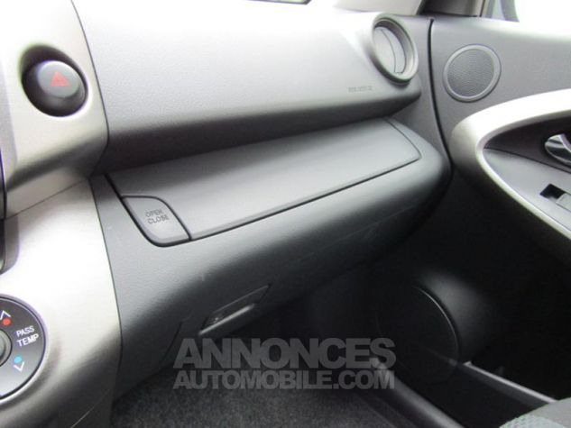 Toyota RAV4 150 D-4D FAP Life 2WD Noir Occasion - 13