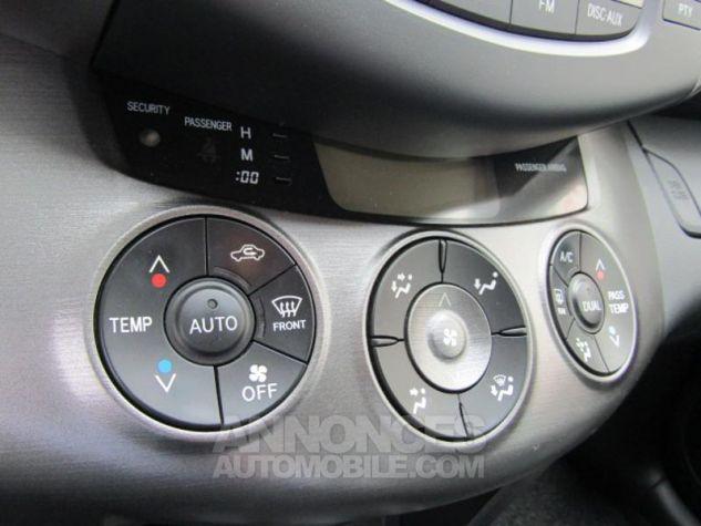 Toyota RAV4 150 D-4D FAP Life 2WD Noir Occasion - 16