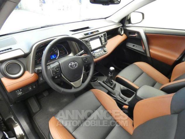 Toyota RAV4 150 D-4D Lounge AWD brun havane Occasion - 15
