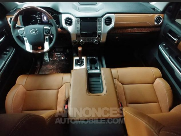 Toyota Tundra Crew Max Platinum  BLANC Neuf - 1