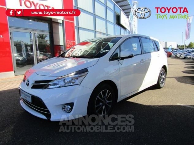 Toyota VERSO 112 D-4D Dynamic 5 places Blanc Occasion - 0