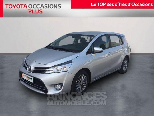 Toyota VERSO 112 D-4D FAP Dynamic Gris Clair Métallisé Occasion - 0