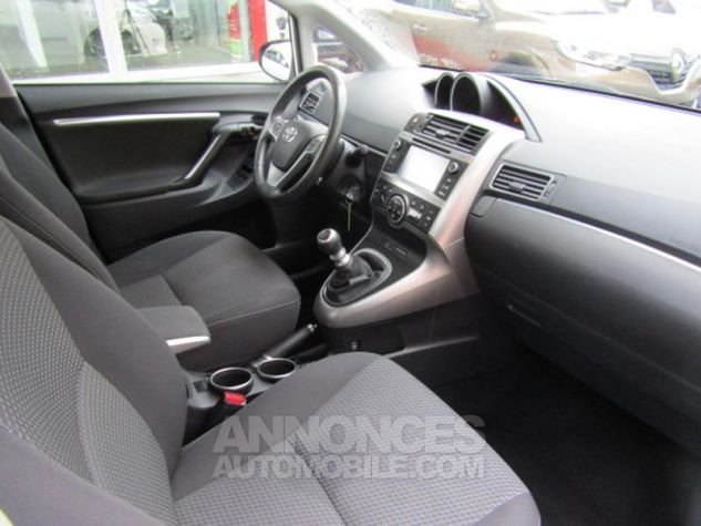 Toyota VERSO 112 D-4D FAP Feel 5 places Blanc Occasion - 9