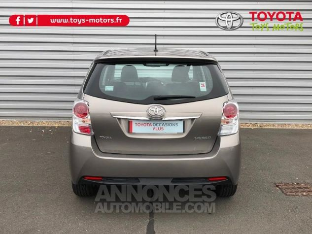 Toyota VERSO 112 D-4D FAP Feel 5 places SEPIA Occasion - 9