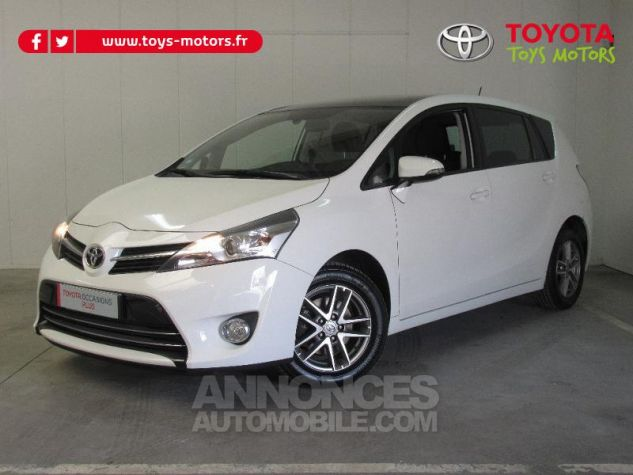 Toyota VERSO 112 D-4D FAP Feel SkyView 5 places BLANC Occasion - 0