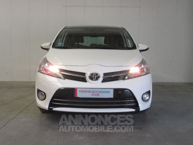 Toyota VERSO 112 D-4D FAP Feel SkyView 5 places BLANC Occasion - 3