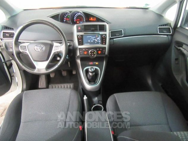 Toyota VERSO 112 D-4D FAP Feel SkyView 5 places BLANC Occasion - 6