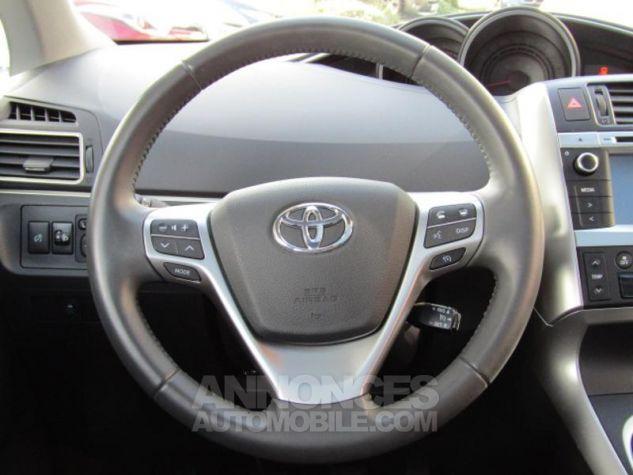 Toyota VERSO 112 D-4D FAP Feel SkyView 5 places Gris Clair Métallisé Occasion - 5