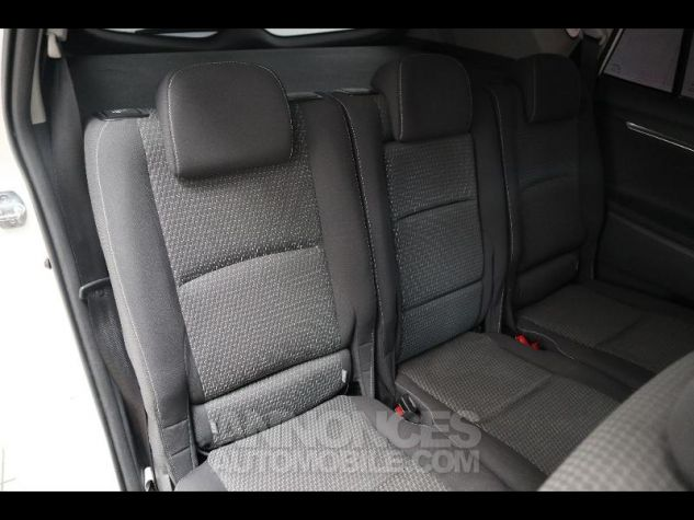 Toyota VERSO 112 D-4D SkyView 5 places BLANC Occasion - 9