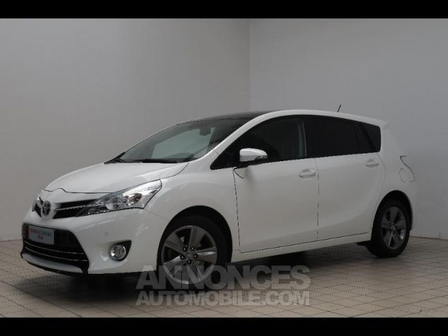 Toyota VERSO 112 D-4D SkyView 5 places BLANC Occasion - 16