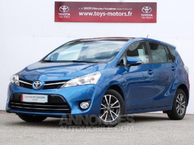 Toyota VERSO 112 D-4D SkyView 5 places Bleu Clair Métal Occasion - 0