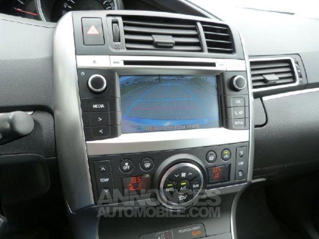 Toyota VERSO 112 D-4D SkyView 5 places Bleu Clair Métal Occasion - 10