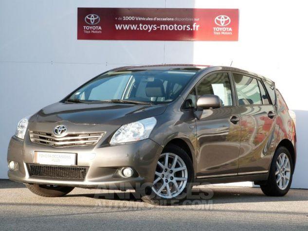 Toyota VERSO 126 D-4D FAP Style 5pl GRIS DUNE Occasion - 0