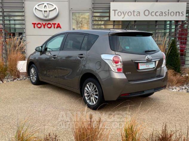 Toyota VERSO 132 VVT-i Design GRIS DUNE Occasion - 2