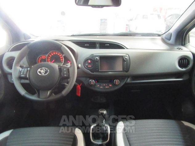 Toyota YARIS 100 VVT-i Collection 5p Blanc Occasion - 7