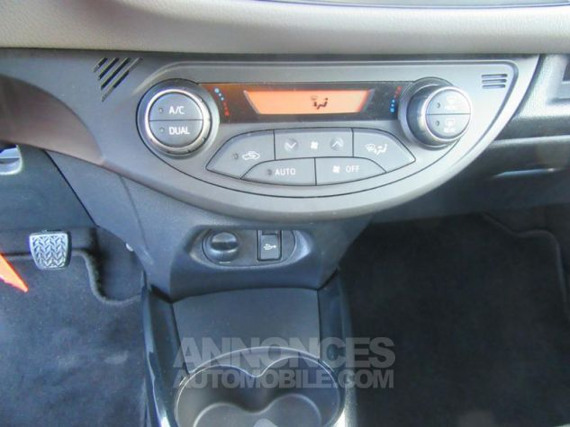 Toyota YARIS 100 VVT-i Collection 5p  Occasion - 12