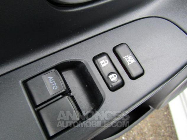 Toyota YARIS 100 VVT-i Dynamic 5p BLANC Occasion - 16