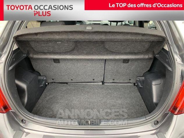 Toyota YARIS 100 VVT-i Dynamic 5p Gris Atlas Occasion - 14