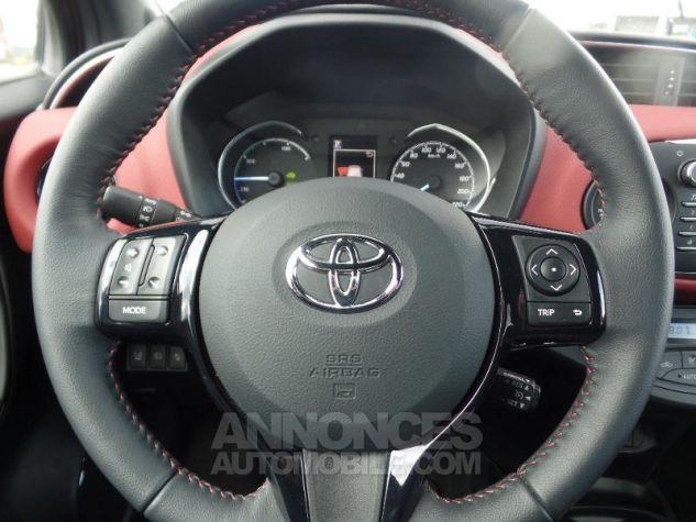 Toyota YARIS 100h Collection 5p BI TON ROUGE ALLURE   NOIR Occasion - 12