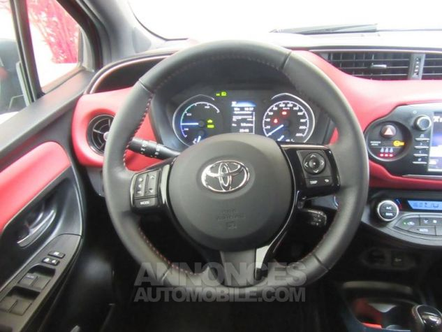 Toyota YARIS 100h Collection 5p BI TON ROUGE ALLURE Occasion - 6