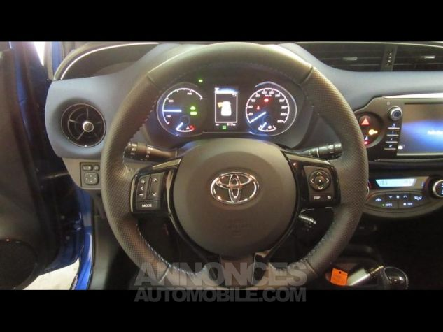 Toyota YARIS 100h Collection 5p RC18 Bleu Foncé Occasion - 12