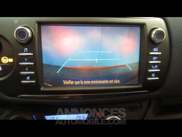 Toyota YARIS 100h Collection 5p RC18 Bleu Foncé Occasion - 19
