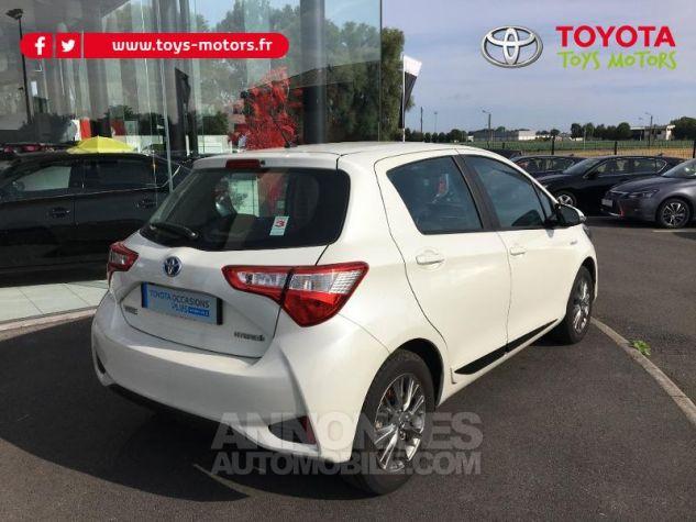 Toyota YARIS 100h Dynamic 5p BLANC NACRE Occasion - 1