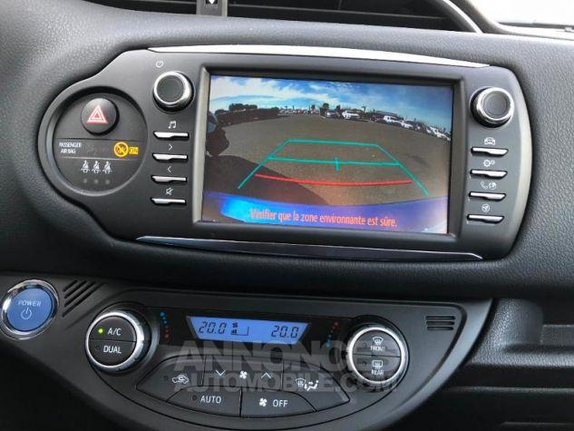 Toyota YARIS 100h Dynamic 5p RC18 BLEU NEBULA Occasion - 8