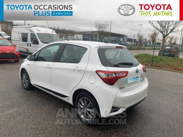 Toyota YARIS 100h Dynamic 5p RC18 Blanc Pur Occasion - 16
