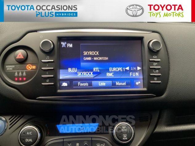 Toyota YARIS 100h Dynamic 5p RC18 Gris Atlas Occasion - 6
