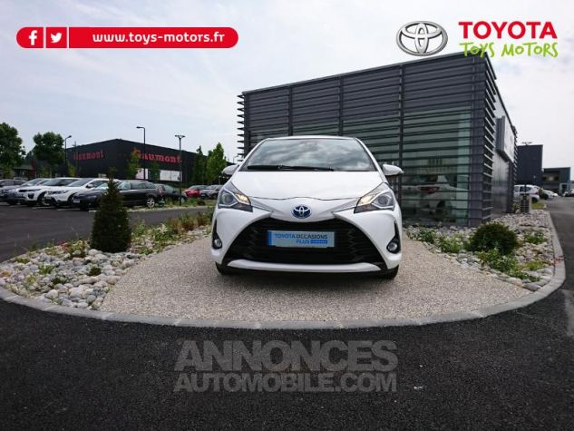 Toyota YARIS 100h Dynamic Business 5p Blanc Pur Occasion - 0