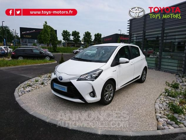 Toyota YARIS 100h Dynamic Business 5p Blanc Pur Occasion - 1