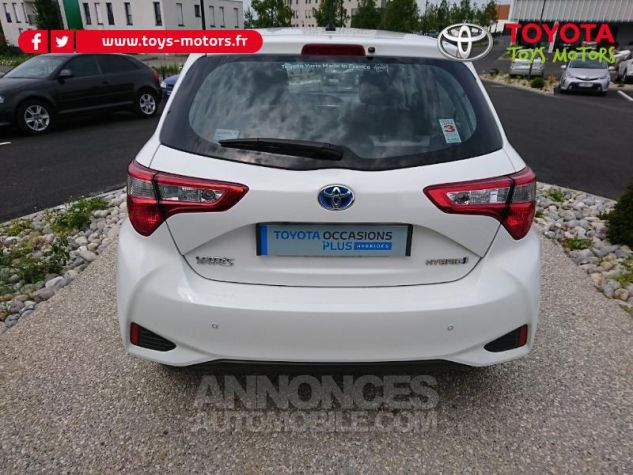 Toyota YARIS 100h Dynamic Business 5p Blanc Pur Occasion - 4
