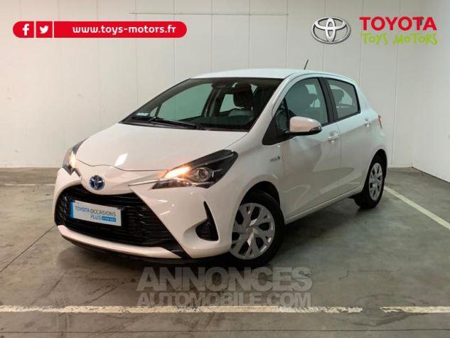 Toyota YARIS 100h France 5p Blanc Occasion - 0