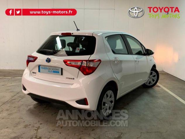 Toyota YARIS 100h France 5p Blanc Occasion - 1