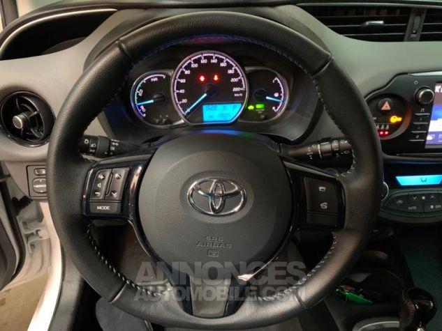 Toyota YARIS 100h France 5p Blanc Occasion - 9