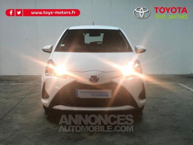 Toyota YARIS 100h France 5p RC18 Blanc Occasion - 2