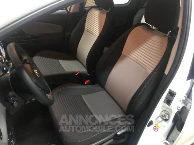 Toyota YARIS 100h France 5p RC18 Blanc Occasion - 5