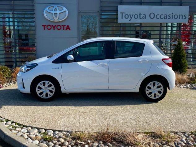 Toyota YARIS 100h France 5p RC18 Blanc Pur Occasion - 1