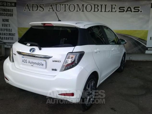 Toyota YARIS 100H Graphic Blanc Occasion - 1