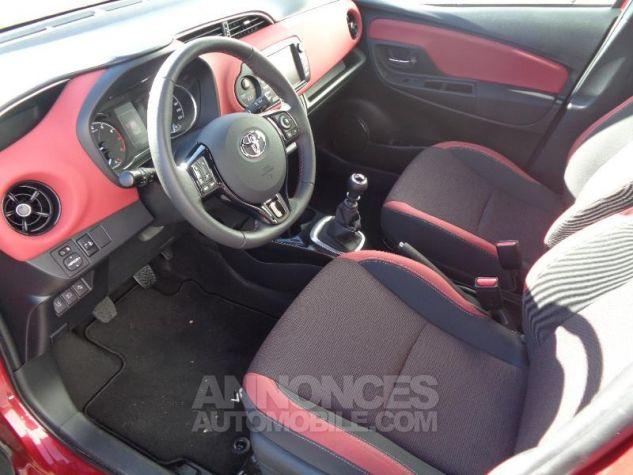 Toyota YARIS 110 VVT-i Collection 5p BI TON ROUGE ALLURE   NOIR Occasion - 4