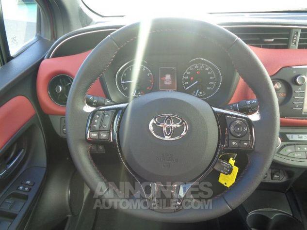 Toyota YARIS 110 VVT-i Collection 5p BI TON ROUGE ALLURE   NOIR Occasion - 10