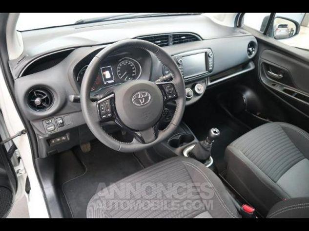 Toyota YARIS 110 VVT-i Design 5p RC18 BI TON BLANC NACRE   NOIR Occasion - 8