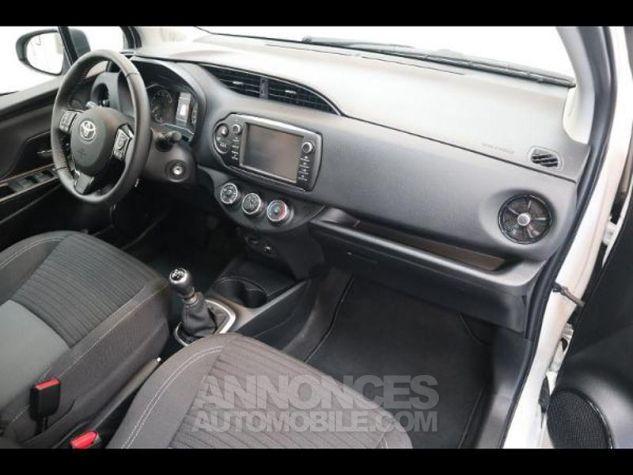 Toyota YARIS 110 VVT-i Design 5p RC18 BI TON BLANC NACRE   NOIR Occasion - 12