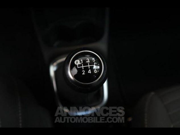 Toyota YARIS 110 VVT-i Design 5p RC18 BI TON BLANC NACRE   NOIR Occasion - 18