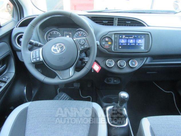 Toyota YARIS 110 VVT-i Design Y20 5p MY19 BI TON BLANC NACRE   GRIS ATL Occasion - 7