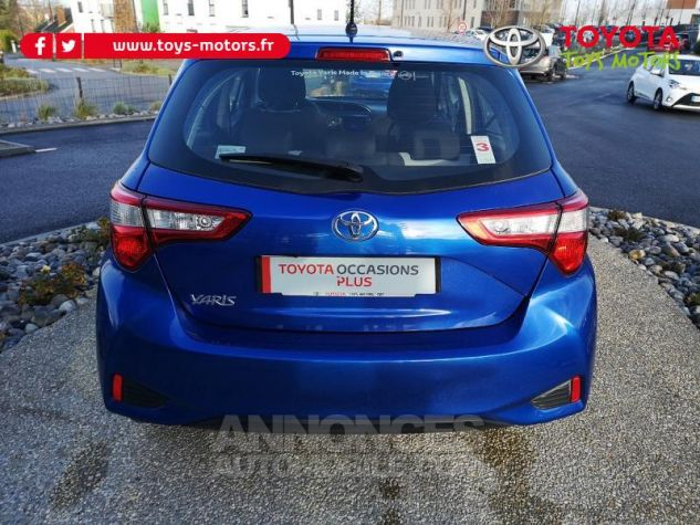 Toyota YARIS 110 VVT-i Dynamic 5p Bleu Nebula Occasion - 4