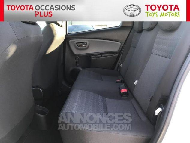 Toyota YARIS 69 VVT-i Dynamic 5p Blanc Pur Occasion - 13