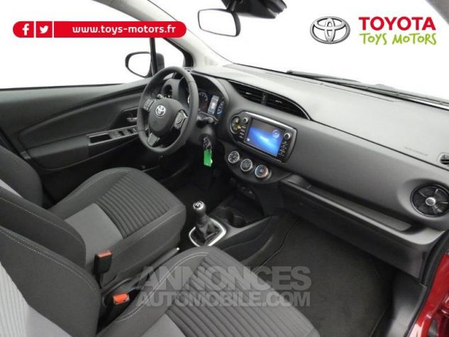 Toyota YARIS 70 VVT-i Design 5p RC18 BI-TON ROUGE ALLURE Occasion - 3